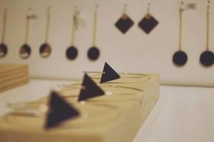 La joyería tiene protagonismo en Comillas Concept Store