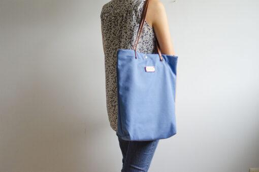 Monochrome azul, un bolso bonito y ponible
