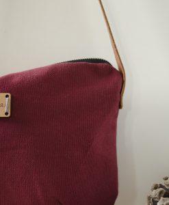 Detalle bolso Nameless de Mundaya, bonito, práctico, funcional.