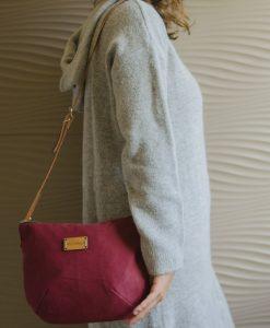 El bolso Nameless de Mundaya queda perfecto con cualquier prenda.