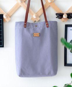 El bolso Monochrome de Mundaya es perfecto para el día a día.