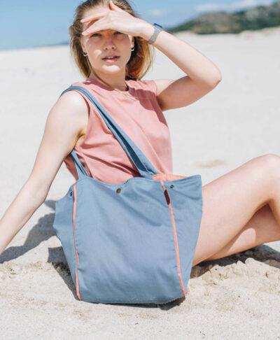 Dorna es el bolso que te acompañará en tus vacaciones.