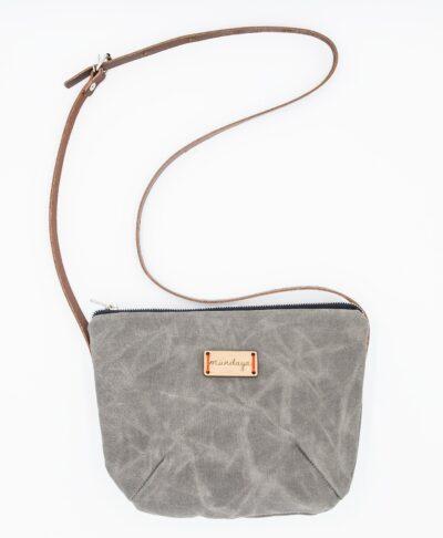 El bolso bandolera de Mundaya es ideal si te gustan los bolsos cruzados.