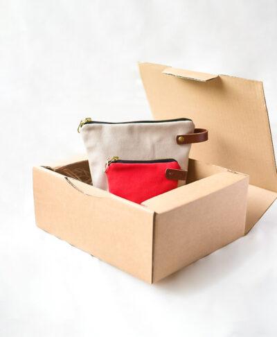 Pack de estuche y monedero Monochrome